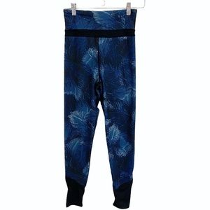 Threads 4 Thoughts Sustainable Tropical Yoga Pants